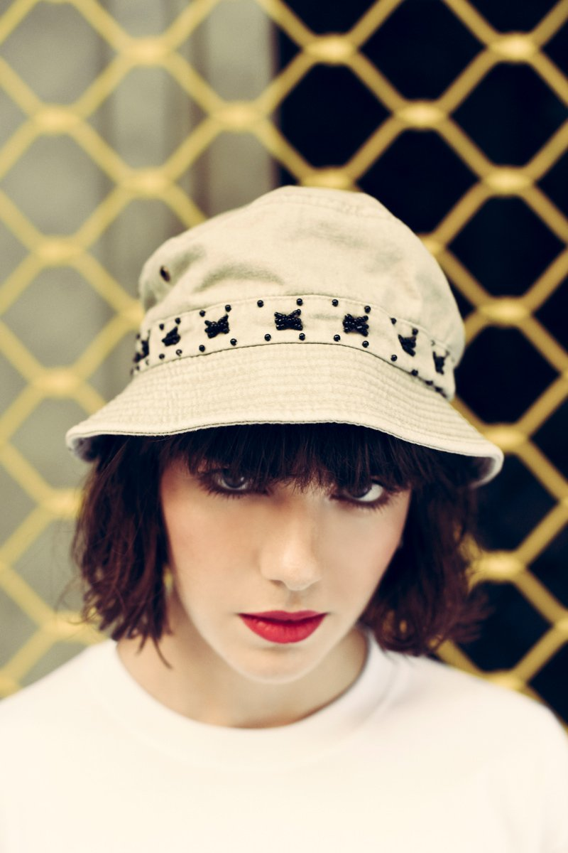 Succo Embroidered Bucket Hat